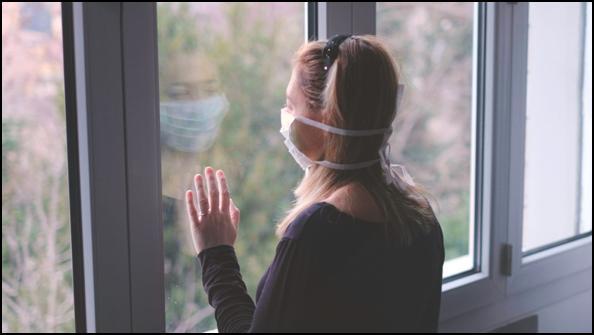 El confinamiento prolongado puede aumentar el riesgo de suicidio ...